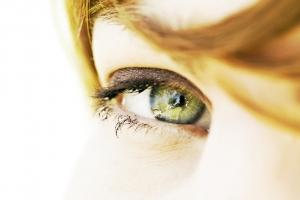 photo d'un oeil d'une femme