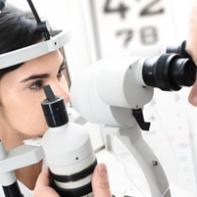 examen médecin ophtalmologiste