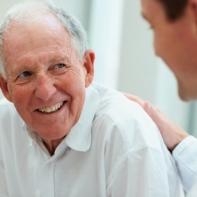 maladie d'Alzheimer et examen des yeux