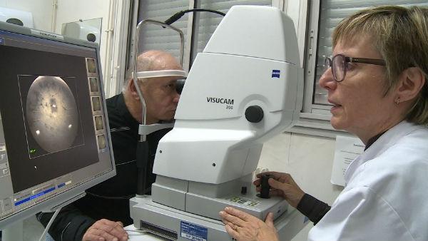 opération des yeux